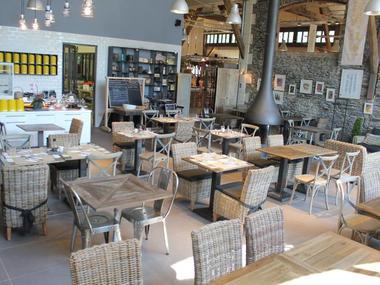 Le Hangar - salle restauration - Ploërmel - Bretagne