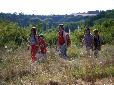 (12)randonnee-en-vallee-du-loir©ADT41-enola