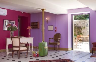 Hôtel - restaurant O en couleur à Oucques