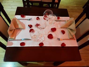 402994_restaurant1