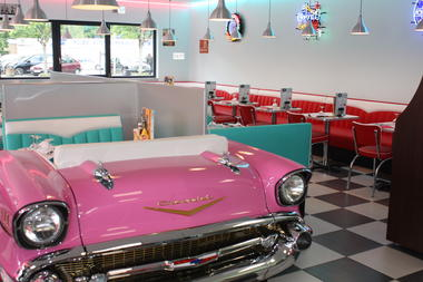 Chevy's diner - 02