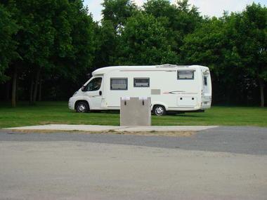 Aire camping car extérieure