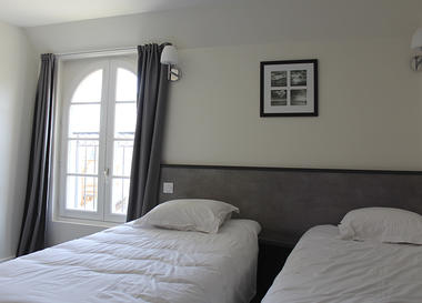HLO-53-Beausejour - chambre