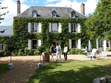 HLO53_CH Hotes Le Rocher - La maison