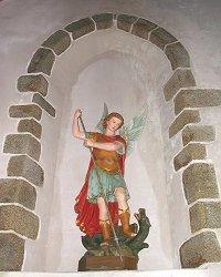 Archange St Michel - Chapelle du Montaigu