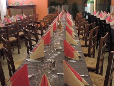 Banquet, repas de famille Le Gué de Gênes
