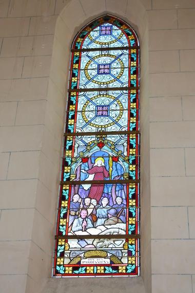 Vitrail Saint Julien des Eglantiers (2)