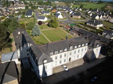 centre-pastoral-du-sanctuaire-pontmain-53-pcu
