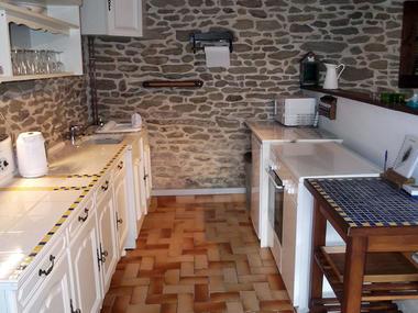 Gîte Jouet à Loupfougères - cuisine