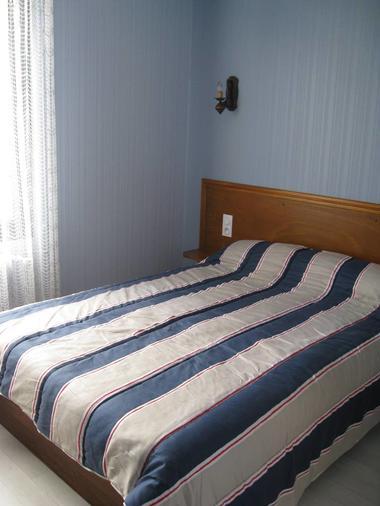 hotellentracte-mayenne-53-hot-2