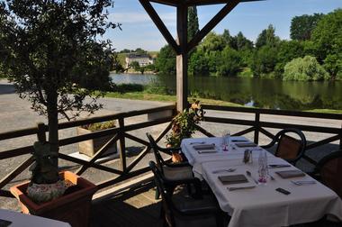 hotelrestaurantbeaurivage-moulay-53-hot-10 _CP Patrick LECOQ Logis de la Mayenne