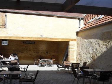 Cafe-de-pyas-au-comptoir-mortagne-au-perche