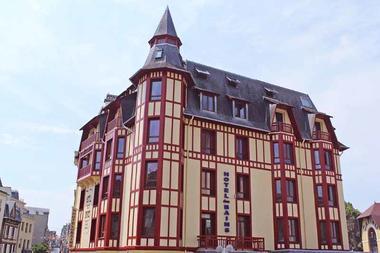 Granville_Hôtel des Bains_1
