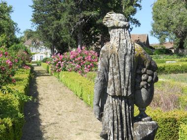 chateau-de-la-Mouchere-jardin-st-cyr-la-rosiere