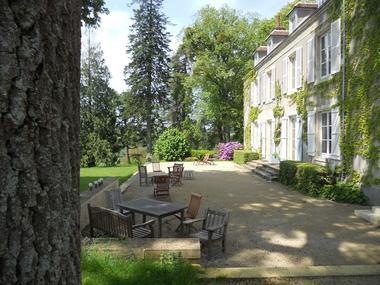 chateau-de-la-Mouchere-st-cyr-la-rosiere