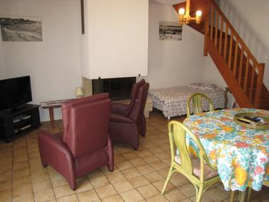 saint-pair-sur-mer-meuble-colombine-rue-de-scissy-3pers-4