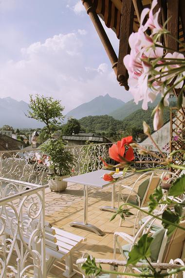 2017-hotel-beau-site-terrasse-argeles-gazost-hautes-pyrenees
