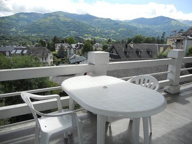 terrasse-gueguenespiet-1etage-argelesgazost-HautesPyrenees