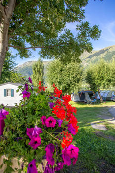 vue-pyrenevasion-sazos-HautesPyrenees