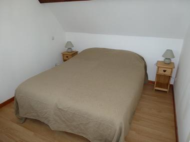 CALLARD- Argeles-HautesPyrenees-chambre 1