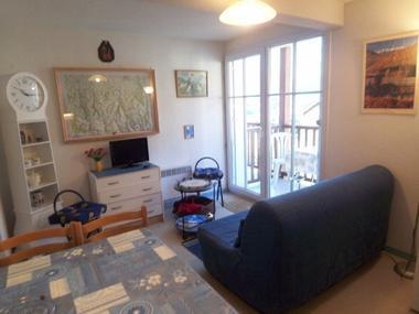 Location-studio-hautes-pyrenees-HLOMIP065FS00C77-g1
