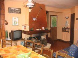 RAMANOEL Jeanine 6pers 1er étage - salon