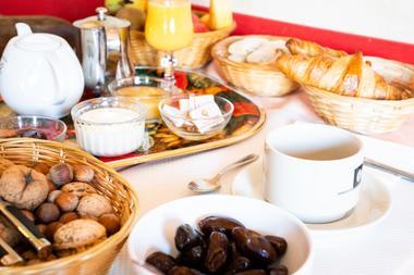 SIT-Hotel-Gare-Pierrefitte-Hautes-Pyrenees (1)