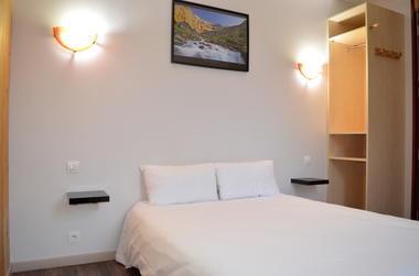 SIT-Hotel-Gare-Pierrefitte-Hautes-Pyrenees (3)
