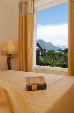 chambre-hotelleviscos-saintsavin-hautespyrenees.jpg