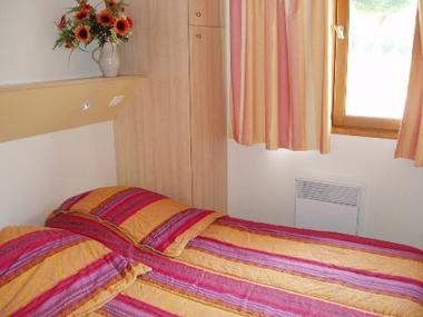 chambre-peffabet-arcizansavant-HautesPyrenees.jpg