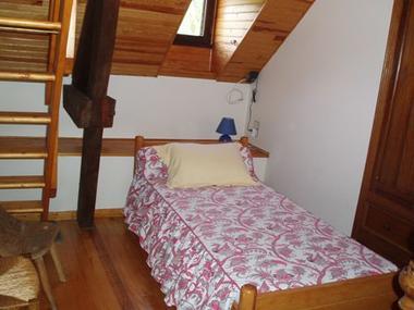 chambre1-baapuyoulet-saintsavin-HautesPyrenees
