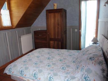 chambre1-crequy-ouzous-HautesPyrenees