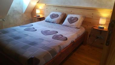 chambre1-forgeau-saintpastous-HautesPyrenees
