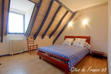 chambre1-sarthe-pierrefittenestalas-HautesPyrenees