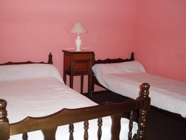 chambre2-larzabal-argelesagzost-HautesPyrenees