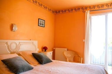 chambre2-leberierot-ouzous-HautesPyrenees