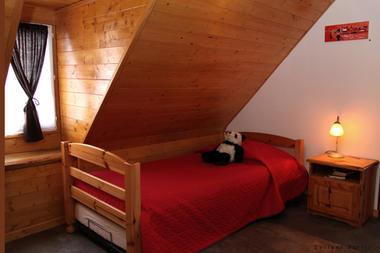 chambre2-nobecourt-arrasenlavedan-HautesPyrenees