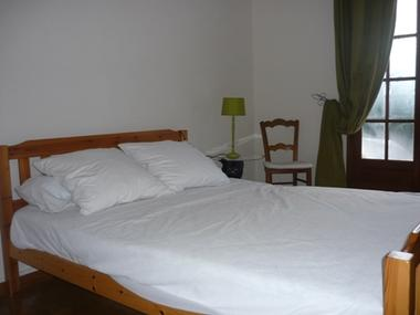 chambre2-orceau-ayzacost-HautesPyrenees