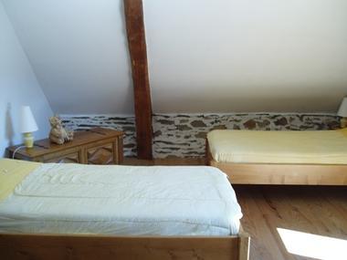 chambre2bis-prevost-saintpastous-HautesPyrenees