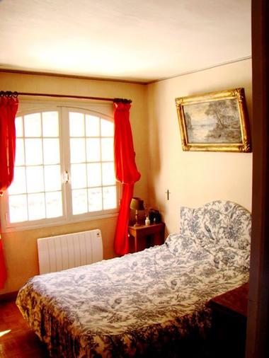 chambre3-garderes-gedre-HautesPyrenees