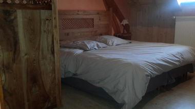 chambre3-gentianes-viella-HautesPyrenees