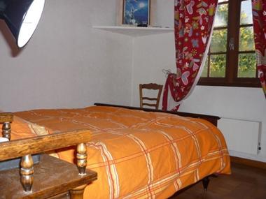 chambre3-orceau-ayzacost-HautesPyrenees