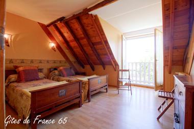 chambre3-sarthe-pierrefittenestalas-HautesPyrenees