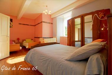chambre5-sarthe-arrasenlavedan-HautesPyrenees