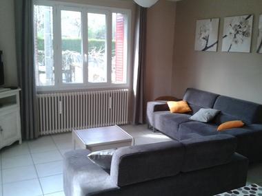 espace salon télé-carol-argeles-HautesPyrenees