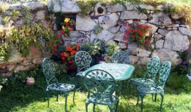 jardin-chambred'hotefermeantaya-arcizansavant-HautesPyrenees.jpg