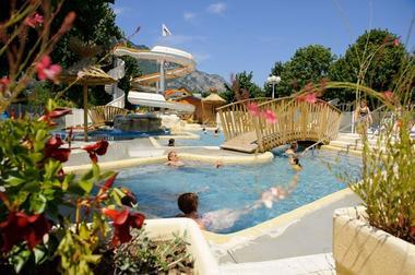 piscine6-campinglabergerie-ayzacost-HautesPyrenees.jpg