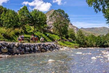 riviere-pyrenevasion-sazos-HautesPyrenees