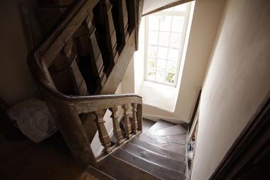 HLO53- Les jardins suspendus du Ravelin - escalier pour descendre à la cuisine