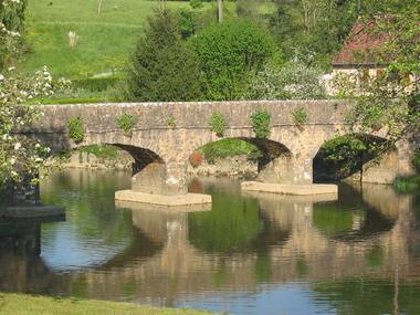 Pont Piétons ST PIERRE SUR ERVE